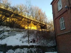 Borregaards gamle administrasjonsbygning mot Sarpebrua